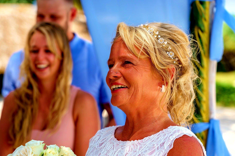 The Private Ocean Club - Galu 723 - Beach Wedding 4