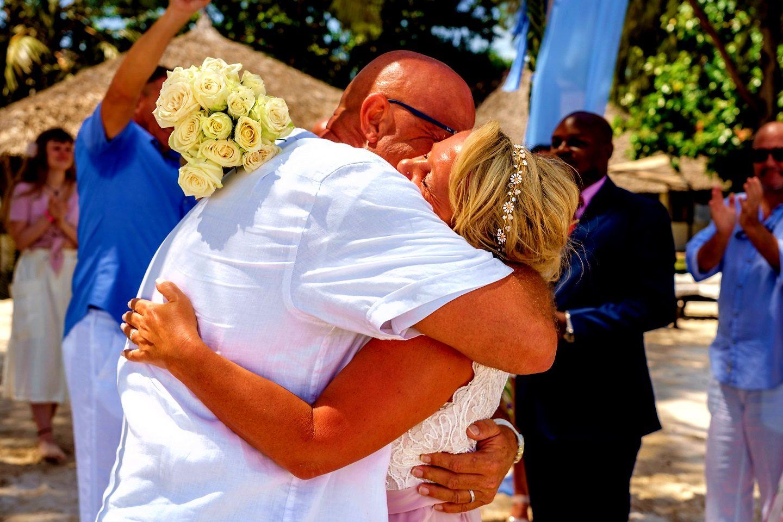 The Private Ocean Club - Galu 723 - Beach Wedding 7